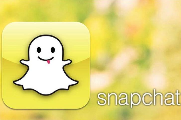 Facebook Snapchat App