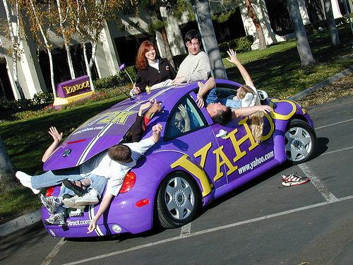 Yahoo Beetle Car - VW Beetle im Yahoo Logo Stil