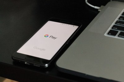 Zusammenarbeit von Banken und Google Pay bei der Kontoführung