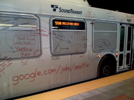 Google Bus mit Google Masterplan
