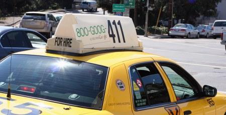 Taxi in San Francisco mit Goog 411 Werbung