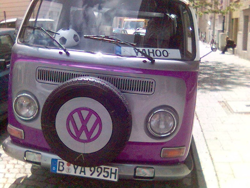 Yahoo VW Bus - alter VW Bus im Yahoo Look