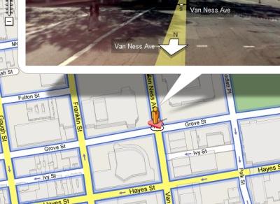Google Maps StreetView Männchen mit rosa Herz unter der Figur zum Valentinstag