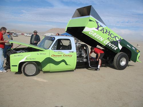 Yahoo Truck - Yahoo Freen Car