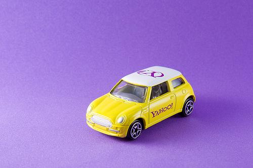 Yahoo Cars - Yahoo Speilzeugwagen
